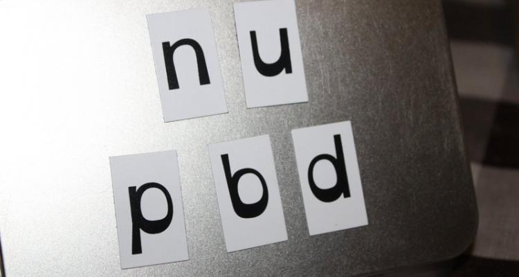 Oto najczęstszy problem wśród dzieci. Mylenie podobnych do siebie literek.