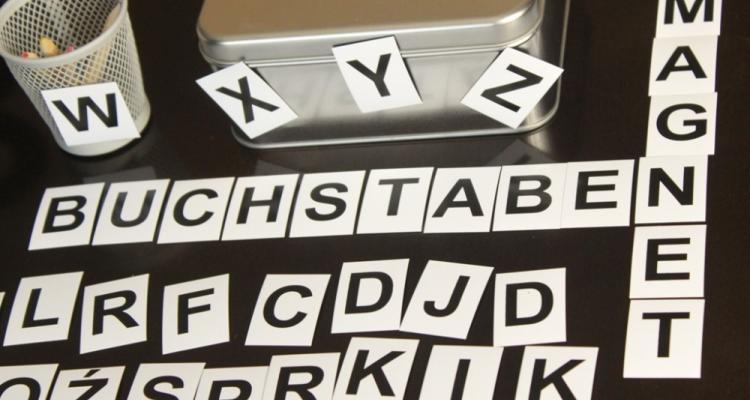 Literki magnetyczne dla dzieci.