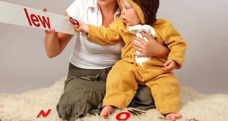 Nauka czytania niemowląt metodą Domana.
