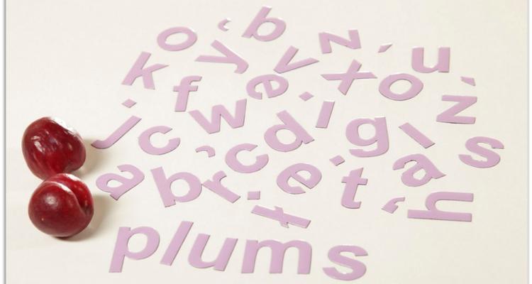 Wystarczy dodać jedną literkę i już mamy liczbę mnogą. Dzieci uwielbiają takie słowne zabawy.